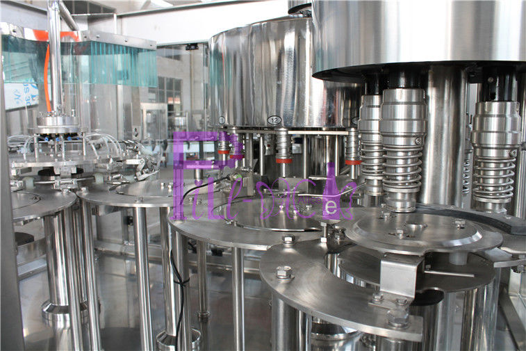 8000BPH Liquid Bottle Filling Machine 3 in 1 Rinsing Filling Capping Machine
